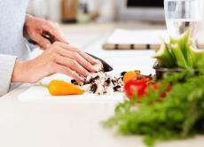 Поради щодо профілактики харчових отруєнь!