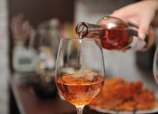 Обмеження реклами алкоголю в Україні