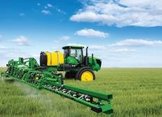 """У програмі """"Агросвіт"""" обговорили здійснення контролю за використанням хімічних засобів захисту рослин"""