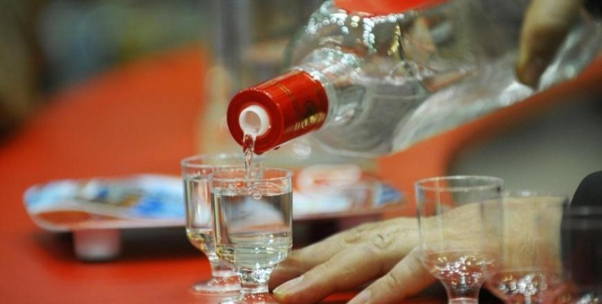 Остерігайтесь небезпечних алкогольних напоїв!